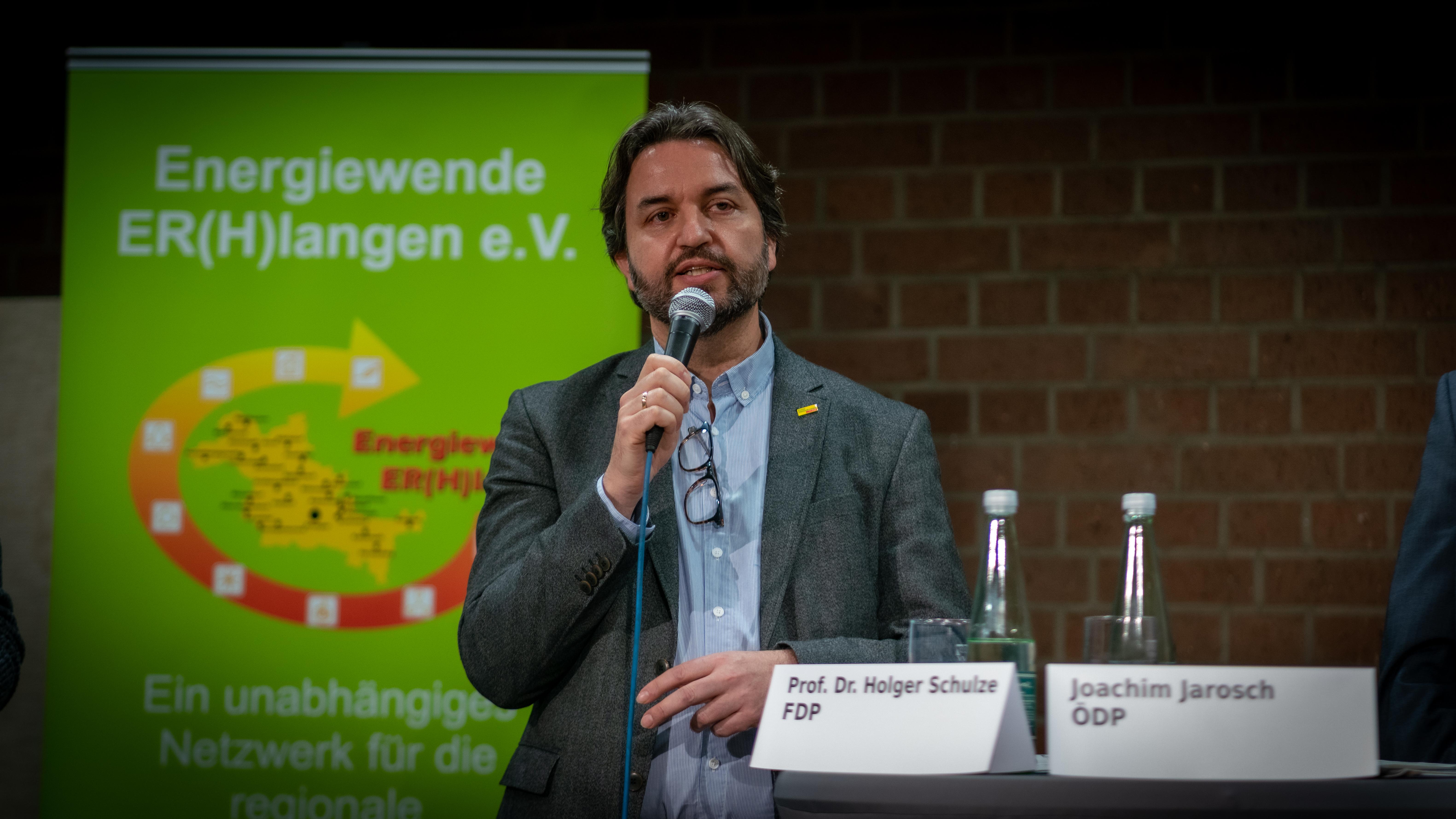 Prof. Dr. Holger Schulze (FDP)